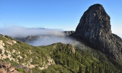 HISZPANIA / La Gomera /  w drodze do San Sebastian / Wśród chmur