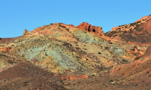 HISZPANIA / Teneryfa / Park Narodowy Teide / i  kolorowe góry