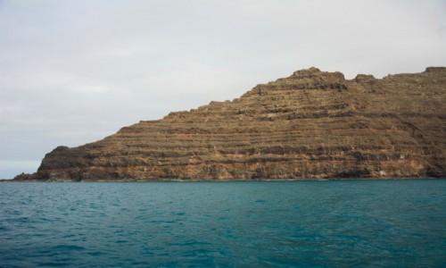 Zdjecie HISZPANIA / Wyspy Kanaryjskie - Lanzarote / Punta Fariones  / w kształcie krokodyla (klify Punta Fariones)