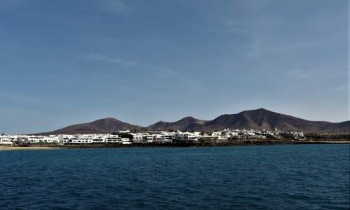 Zdjecie HISZPANIA / Wyspy Kanaryjskie / Parque Nacional de Timanfaya / Lanzarote, Miasto portowe Playa Blanca