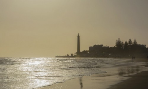 Zdjecie HISZPANIA / Wyspy Kanaryjskie / Gran Canaria / Faro de Maspalomas (i niebo spowite kalimą)