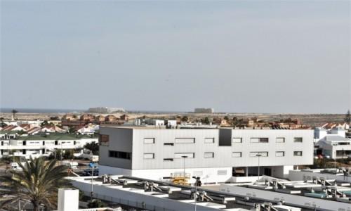 HISZPANIA / Fuertaventura / Corralejo / Corralejo, widok na wydmy