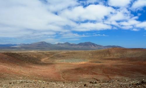 Zdjecie HISZPANIA / Wyspy Kanaryjskie / Lanzarote / krater wulkanu Montana Roja