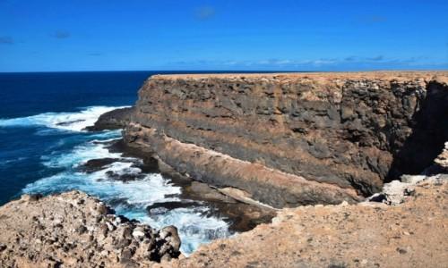 HISZPANIA / Fuertventura / okolice Los Molinos / Skały w Los Molinos