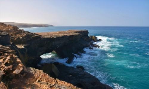 Zdjęcie HISZPANIA / Fuertventura / okolice la Pared / Klify w la Pared