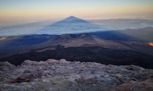 Zdjecie HISZPANIA / Teneryfa / Teneryfa / wulkan El Teide o wschodzie słońca