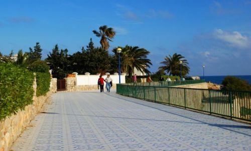 Zdjecie HISZPANIA / Costa Blanca / Punta Prima koło Torrevieja / deptak przy oceanie