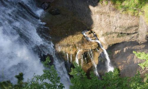 Zdjęcie HISZPANIA / Pireneje / Parque Nacional de Ordesa / Wodospady