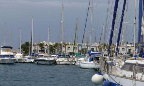 Zdjecie HISZPANIA / Wyspy Kanaryjskie / Gran Canaria / Port w Puerto de Mogan