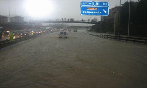 Zdjecie HISZPANIA / Basque Country / Bilbao / Powódź