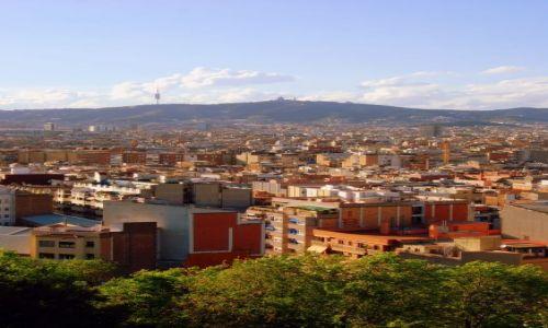 Zdjęcie HISZPANIA / Katolonia / Barcelona  / z okna na Barcelone