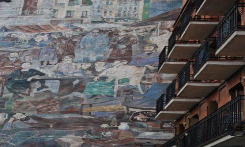 Zdjecie HISZPANIA / Madryt / Madryt / zamieszanie na ścianie