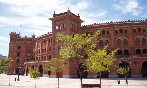 Zdjecie HISZPANIA / Madrid / powoli nadchodzi na szczęście era bezkrwawych corrid / Plazza de torres