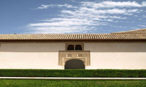 Zdjecie HISZPANIA / Andaluzja / Granada / Alhambra / Na dziedzińcu