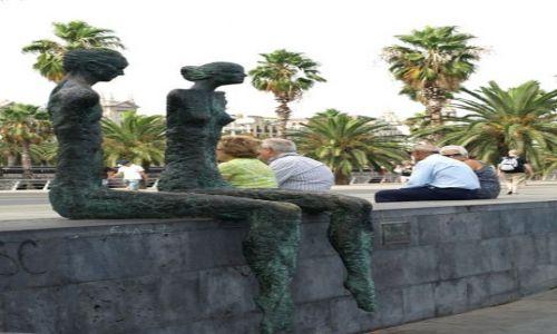 Zdjecie HISZPANIA / Barcelona / Barcelona / Przy promenadzie