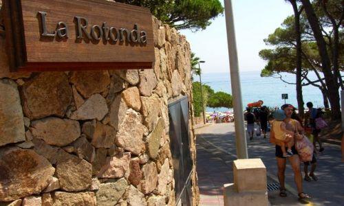 Zdjecie HISZPANIA / COSTA BRAVA / SANTA CRISTINA / Tu jeszcze nie byliśmy do końca świadomi, jak piękną plażę zobaczymy:)