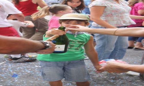 Zdjęcie HISZPANIA / Kraj Baskow / Vitoria / Tak rosnie przyszlosc?