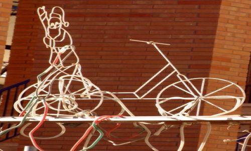 Zdjecie HISZPANIA / Andaluzja / Malaga / Pokręcony rower