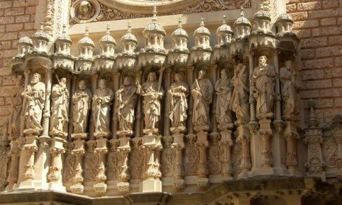 Zdjecie HISZPANIA / Katalonia / Montserrat / Fasada klasztoru głównego.