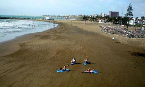 Zdjęcie HISZPANIA / Gran Canaria  / Playa del Ingles / Rozgrzewka do brydża w Playa del Ingles (?)