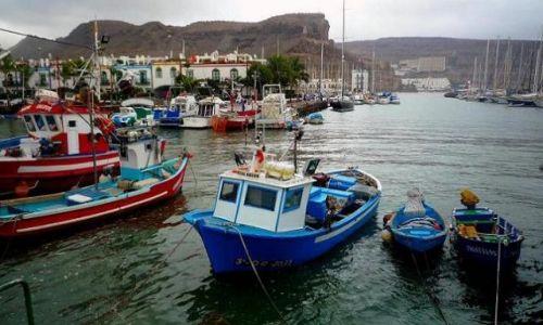 Zdjecie HISZPANIA / Gran Canaria / Puerto de Mogan / Malowniczy port Puerto de Mogan