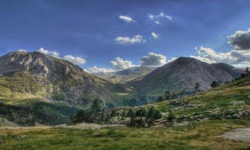 Zdjecie HISZPANIA / Aragonia / Pireneje / Widok z masywu