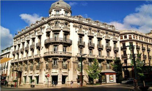 HISZPANIA / Andaluzja / Granada / Centrum Granady - Puerta Real