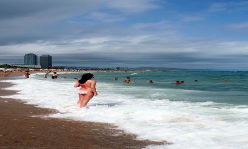 Zdjecie HISZPANIA / Katalonia / Barcelona / Na barcelońskiej plaży