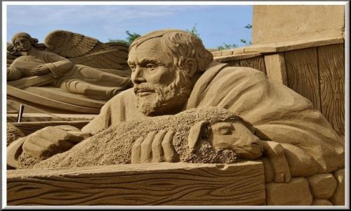 Zdjecie HISZPANIA / Gran Canaria / Las Palmas / Piaskowe rzeźby na plaży Las Canteras