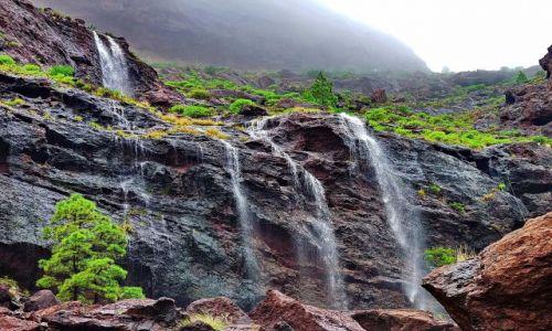 Zdjecie HISZPANIA / Gran Canaria / Po�udniowy zach�d wyspy / �ciana wodospad