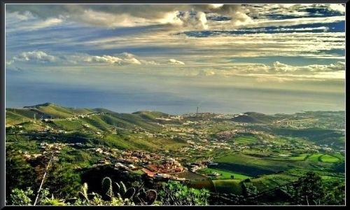 Zdjecie HISZPANIA / Gran Canaria / w pobliżu Caldera de Bandama  / Chmury...