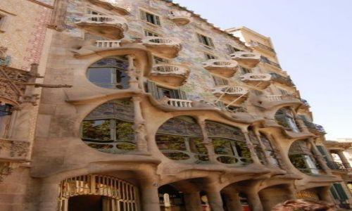 Zdjecie HISZPANIA / - / Barcelona / Dom Gaudiego