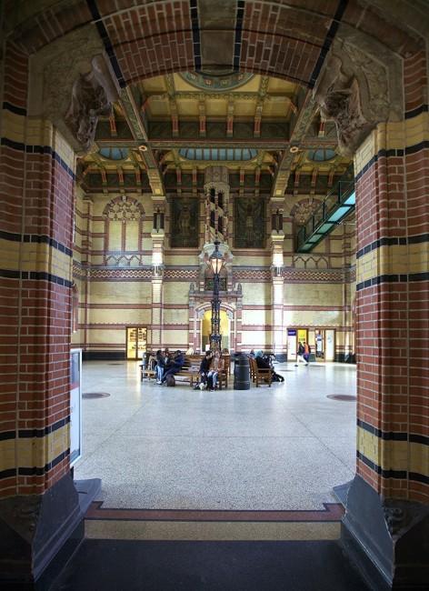 Zdjęcia: Dworzec kolejowy, Groningen, Wejście do Holu Głównego, HOLANDIA