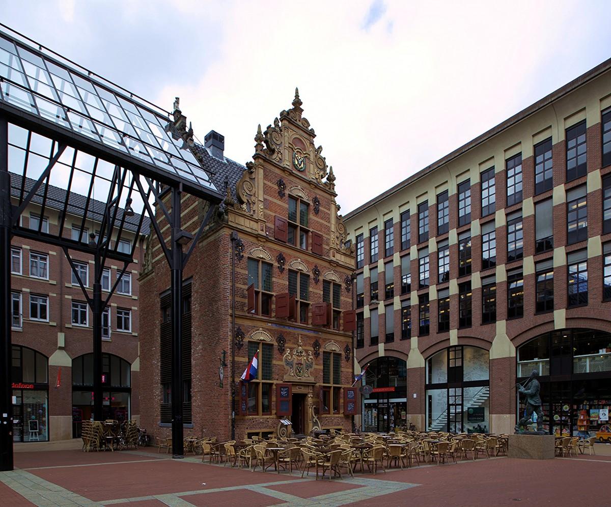 Zdjęcia: Stare Miasto, Groningen, Goudkantoor, czyli Dom Złota, HOLANDIA