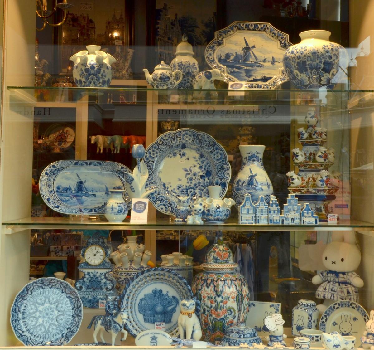 Zdjęcia: Delft, Holandia południowa, Delft, wyroby z porcelany, HOLANDIA
