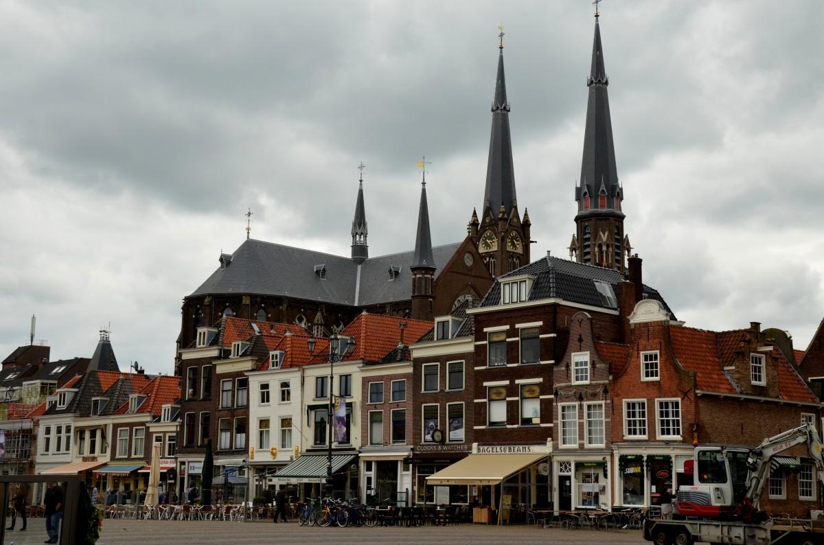 Zdjęcia: Delft, Holandia południowa, W Rynku Delft, HOLANDIA