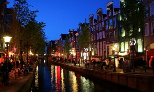 HOLANDIA / Amsterdam / Dam / DAM
