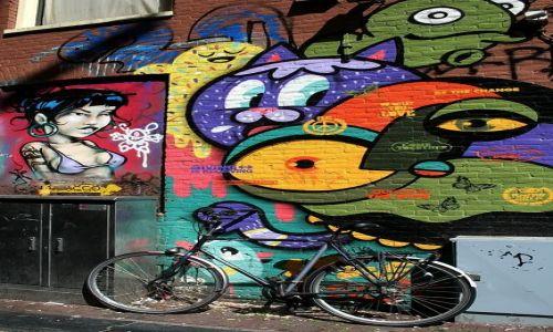 HOLANDIA / Amsterdam / Dam / Grafiiti rower