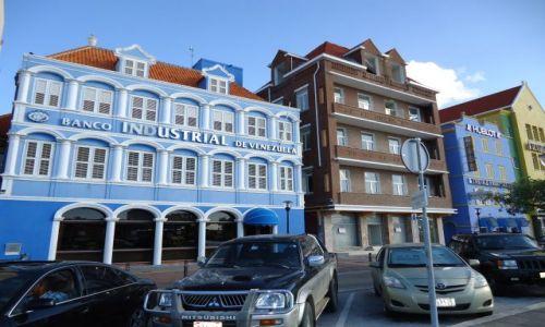 Zdjęcie HOLANDIA / Antyle Holenderskie / Curacao / Willemstad / Trochę architektury kolonialnej