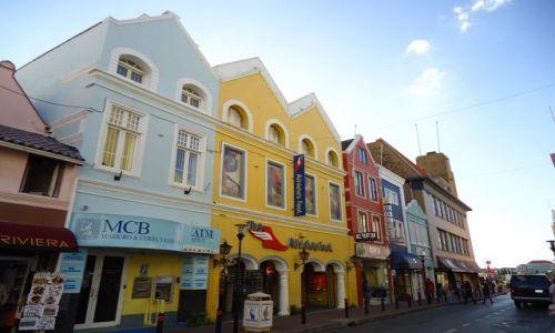 Zdjęcie HOLANDIA / Antyle Holenderskie / Curacao / Willemstad / Trochę architektury kolonialnej (2)