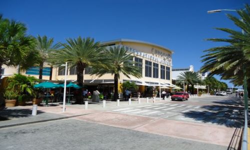 HOLANDIA / Antyle Holenderskie / Curacao / Willemstad / Port lotniczy Curacao