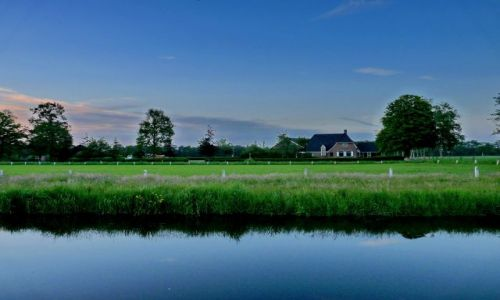 Zdjęcie HOLANDIA / Overijssel / Zenderen / Wieczór nad kanałem