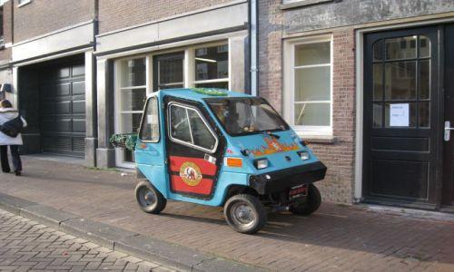HOLANDIA / Holandia północna / Amsterdam / amsterdamskie pojazdy