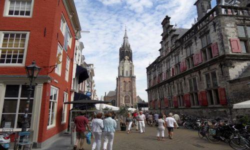 HOLANDIA / Zuid Holland / Delft / Rynek w Delft