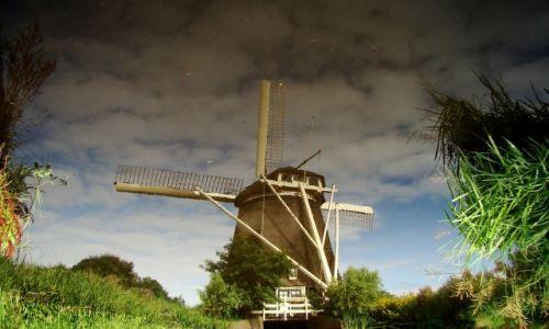 Zdjecie HOLANDIA / - / Kinderdijk / Wiatrak