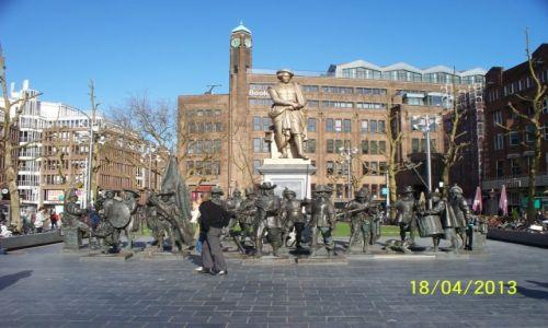 HOLANDIA / - / Amsterdam - Mountplein / Pomnik Rembrabdta