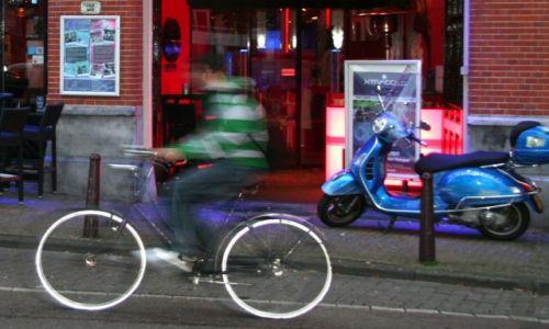 HOLANDIA / Amsterdam / Amsterdam / Demon szybko�ci