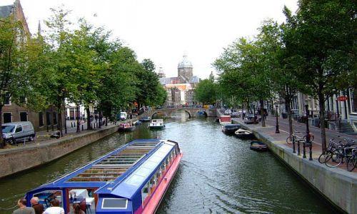 Zdjęcie HOLANDIA / Holandia / Amsterdam / nad kanałem