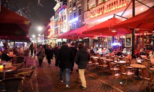 Zdjęcie HOLANDIA / Amsterdam / centrum / Na ulicy