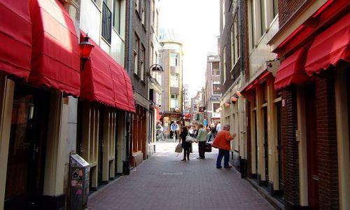 Zdjęcie HOLANDIA / Holandia / Amsterdam / w czerwonej dzielnicy